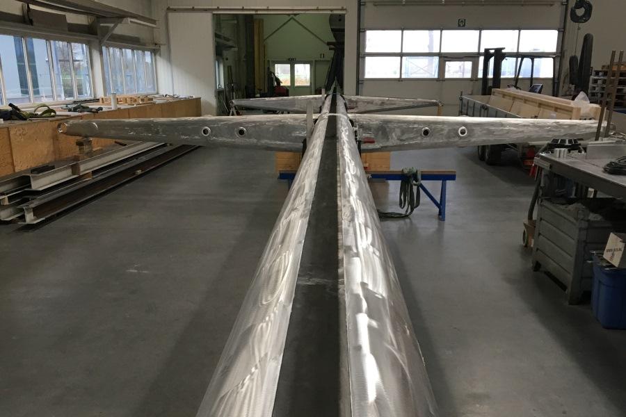 Nirvana aluminium mast